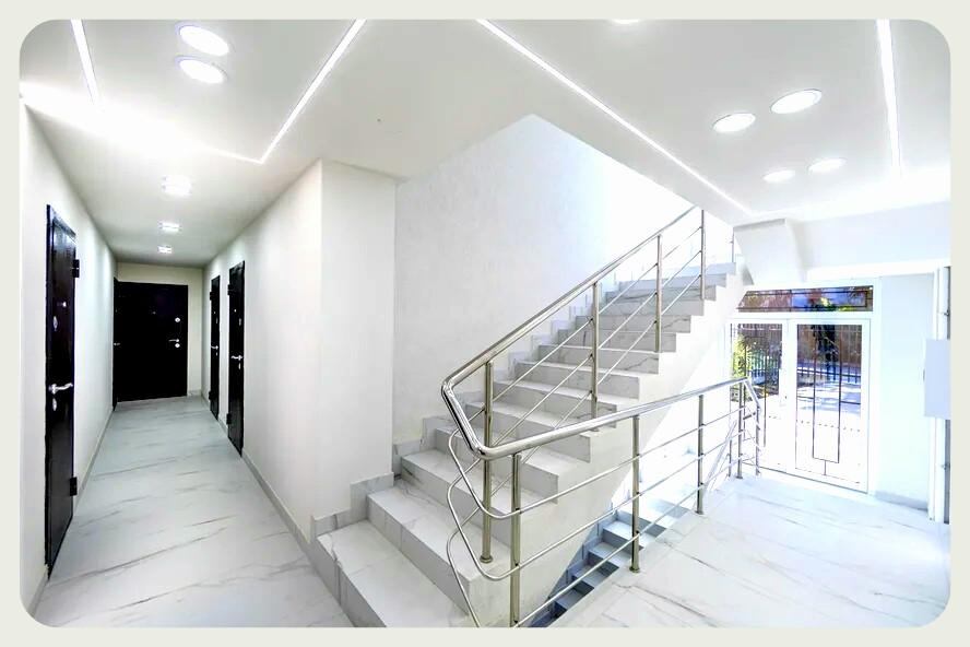 Продам - Студия в Завокзальном районе -Севастопольская  - цена: 3440000