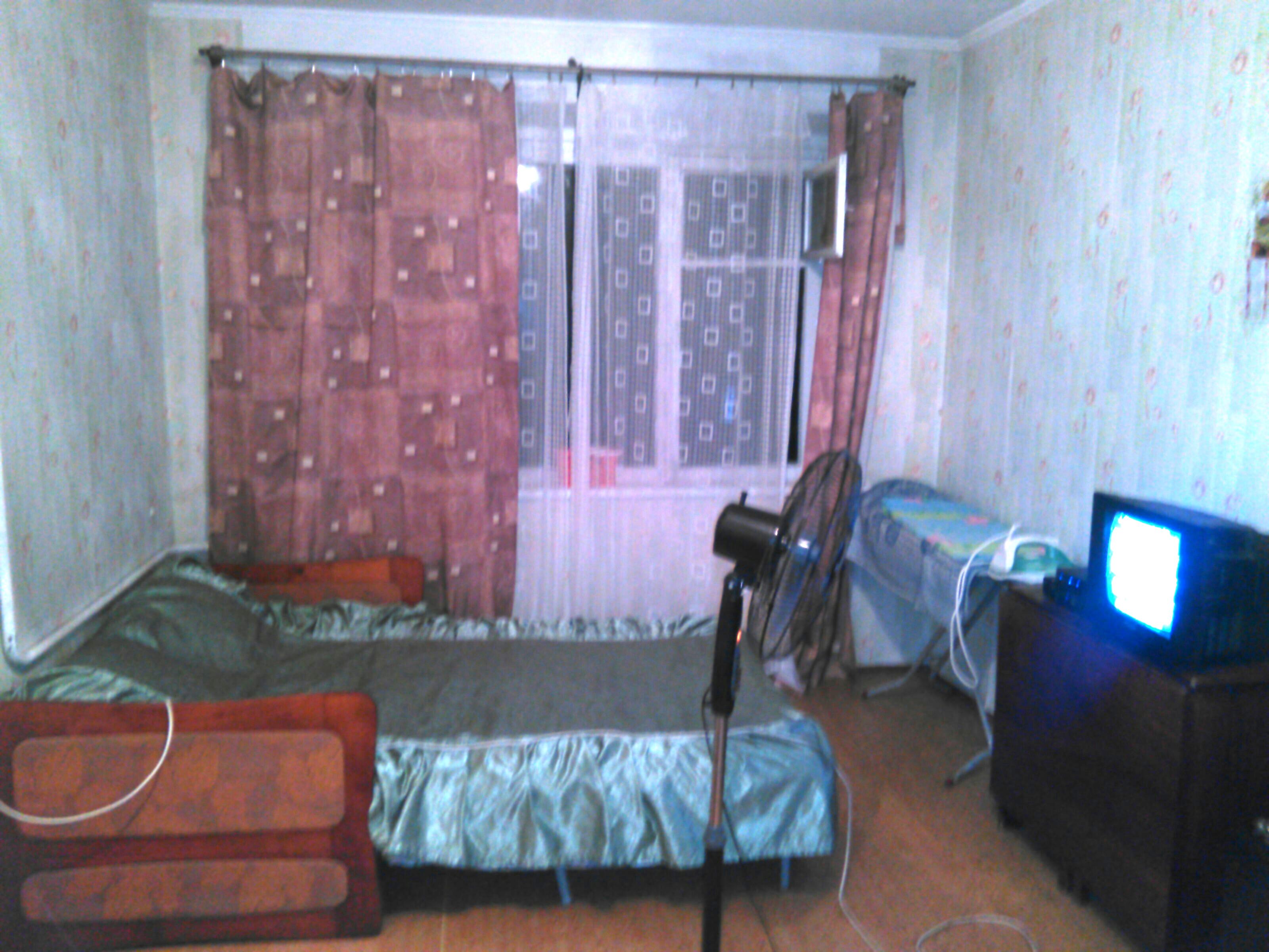Сдам - 1комнатная квартира 32 кв.м на 4 этаже 5этажного панельного дома , ремонт. -Ясногорская - цена: 1800